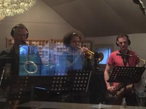 Jeroen van Genuchten, Wouter Schueler and Luuk Hof recording Isle Of U in Wedgeview Studios 2016 1
