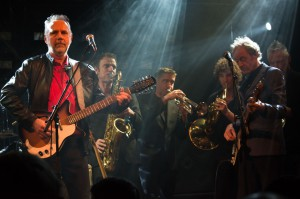 Hans and Jan with horns in Paradiso 2016 - photo Djuna Croon