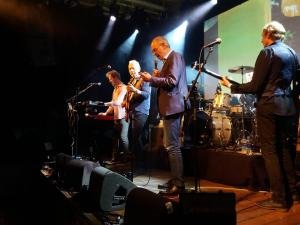 The Dutch feat. Job Cohen 27-8-2018, Paradiso Amsterdam, playing So Long H.N. Werkman